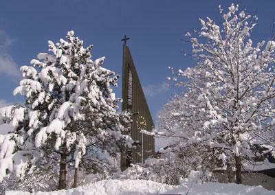 Winterbild Kirche Bösingen